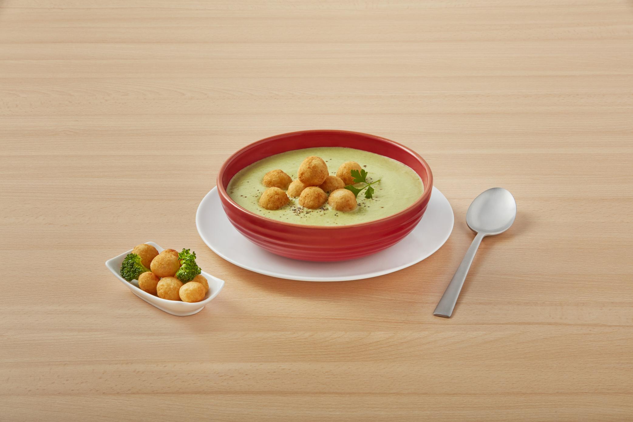 Broccoli cream with potato balls