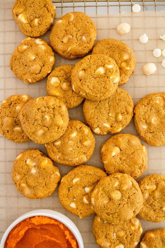 Pumpkin White Chocolate Macadamia Nut Cookies