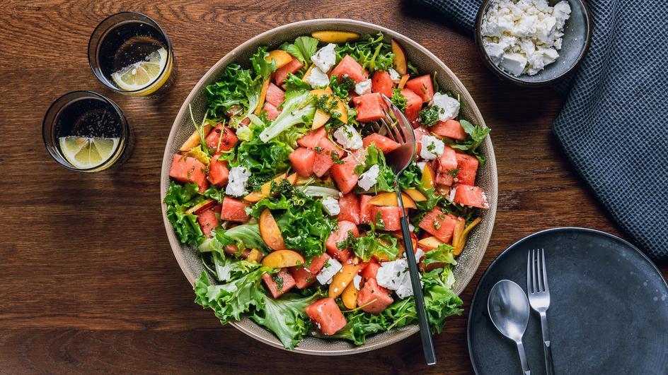 Wassermelonensalat mit Nektarinen und Feta