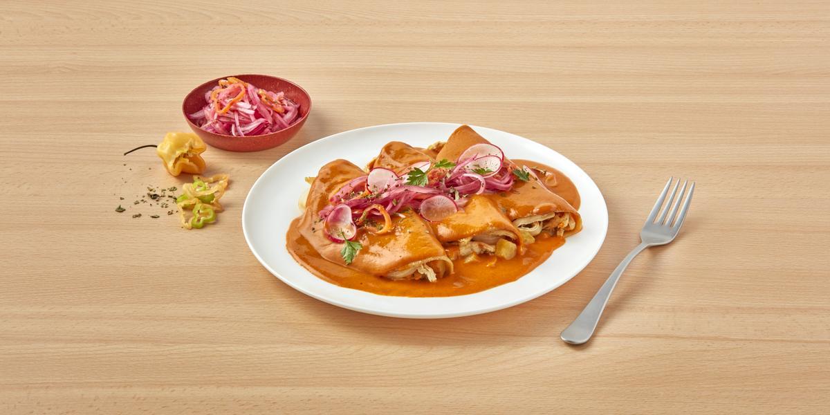 Enchiladas con salsa de achiote