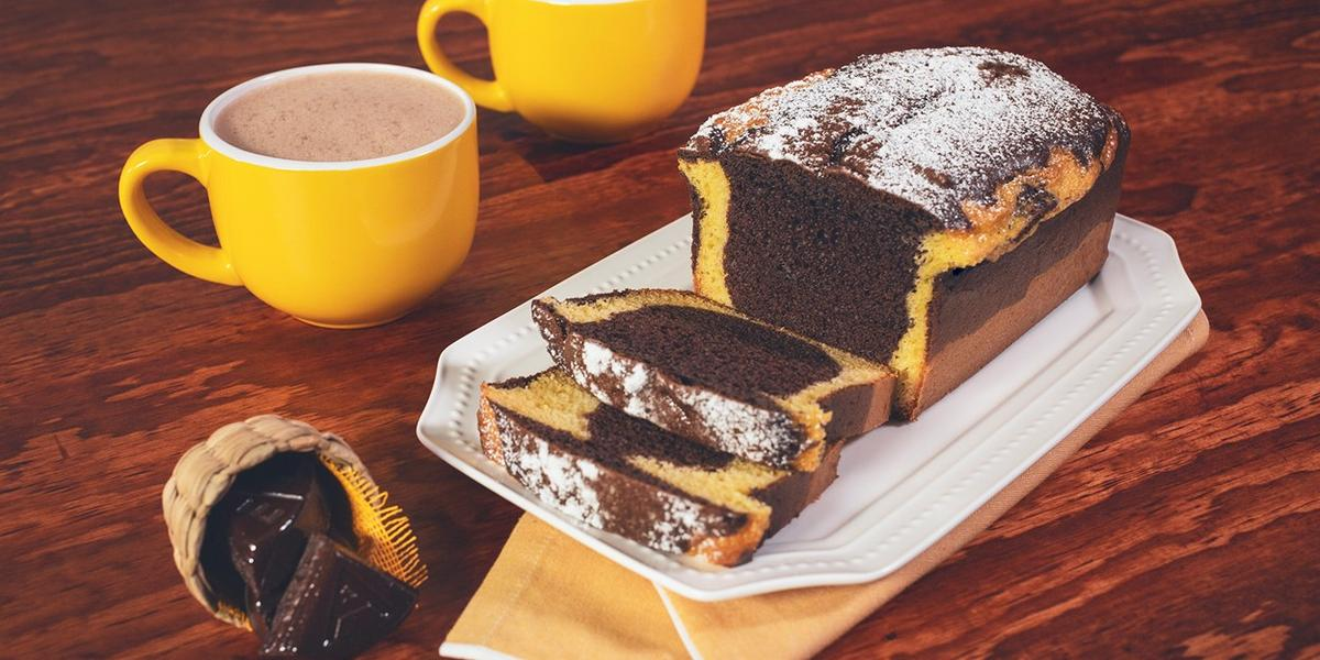 PANQUÉ MARMOLEADO preparado con Chocolate para Mesa ABUELITA®