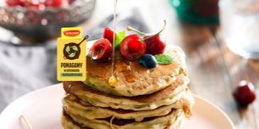 Pancakes z cukinii i jogurtu greckiego