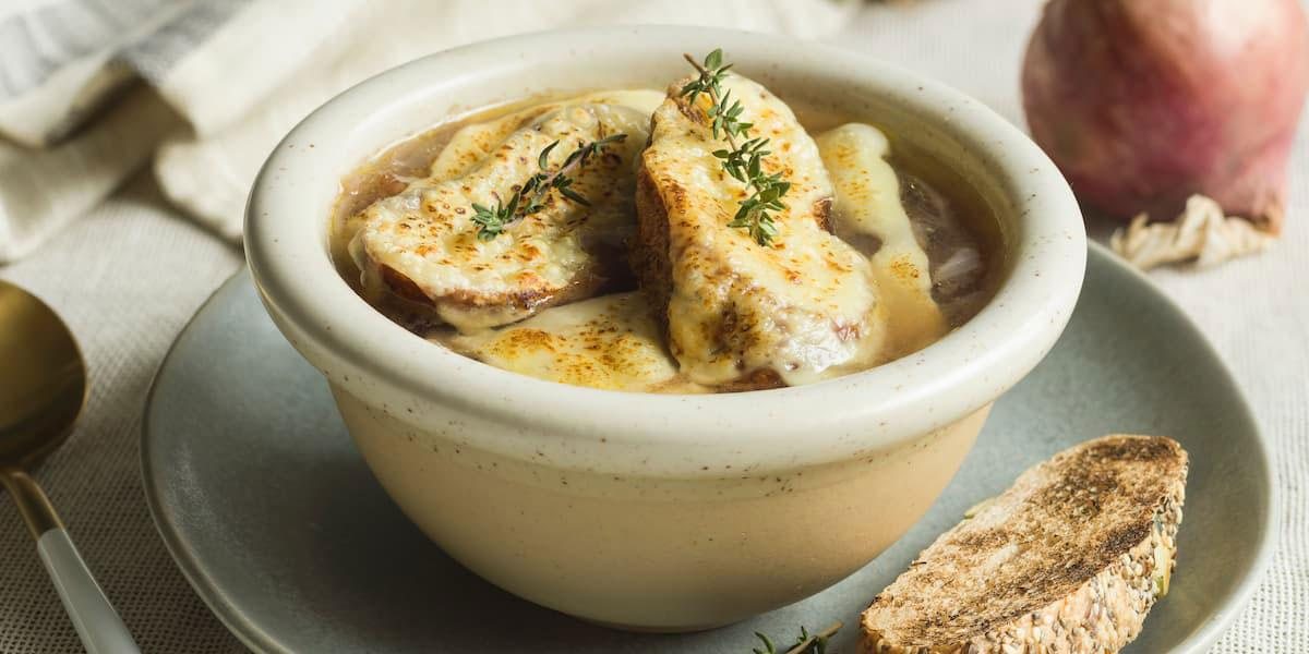 Sopa de cebollas Francesa