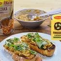 Chałka z grilla z pieczonym bakłażanem w paście curry