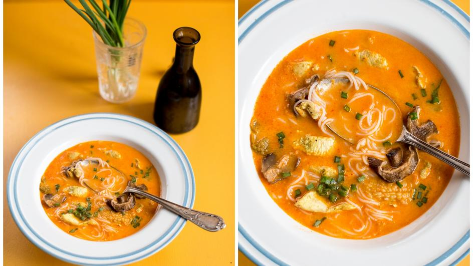 Zupa tajska z kurczakiem curry