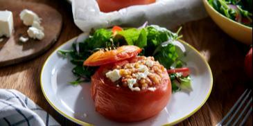 Faszerowane pomidory z kaszotto gulaszowym